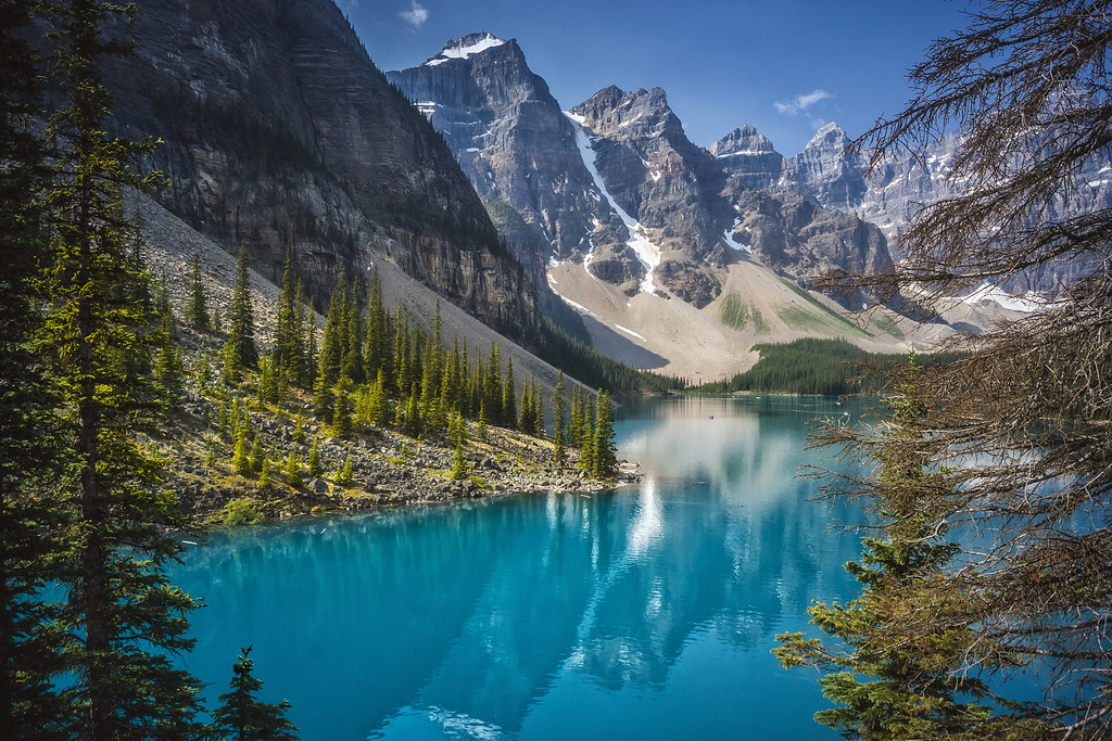 Window on Moraine lake (#Explored 31-03-2017)