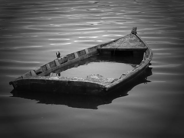 barque qui coule
