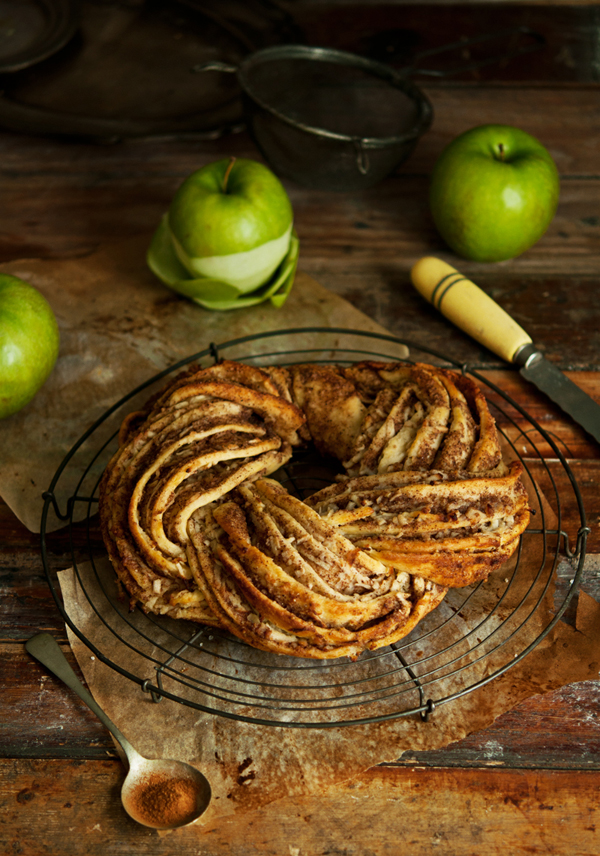 Apple Cinnamon Wreath