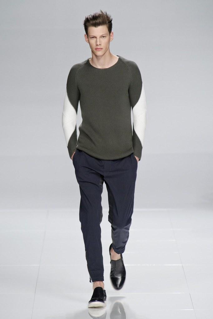 SS14 Milan Iceberg011_Nemanja Maksic(fashionising.com)