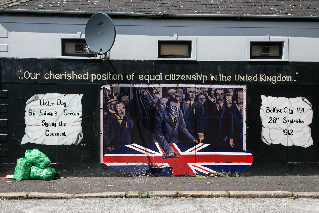 'Sir Edward Carson Signing the Covenant' mural