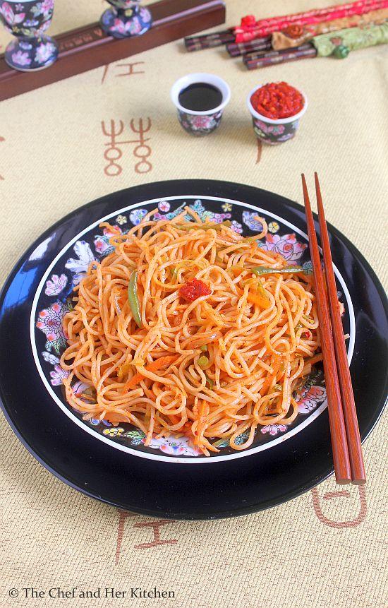 schezwan veg noodles