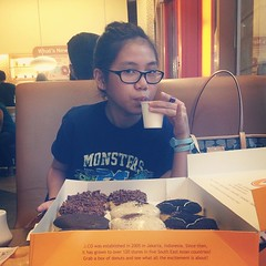 Saturdate with this pretty little lady