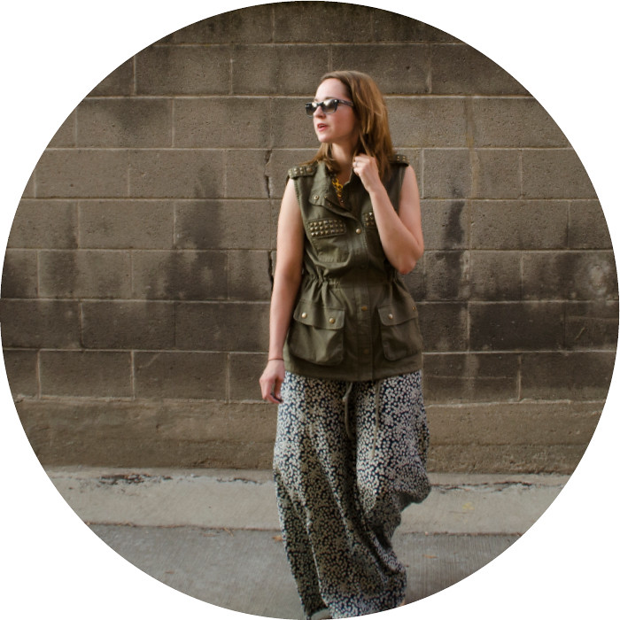 palazzo pants, vest as shirt, green and navy, print pants, what to wear with, outfit ideas