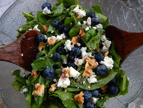blueberry & blue cheese spinach salad with toasted walnuts & raspberry vinaigrette