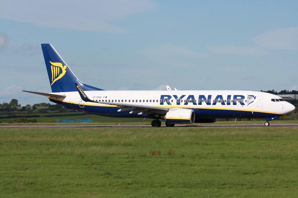 EI-DHD - B738 - Ryanair