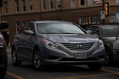 automobile(1.0), executive car(1.0), hyundai(1.0), family car(1.0), wheel(1.0), vehicle(1.0), automotive design(1.0), hyundai sonata(1.0), mid-size car(1.0), sedan(1.0), land vehicle(1.0),