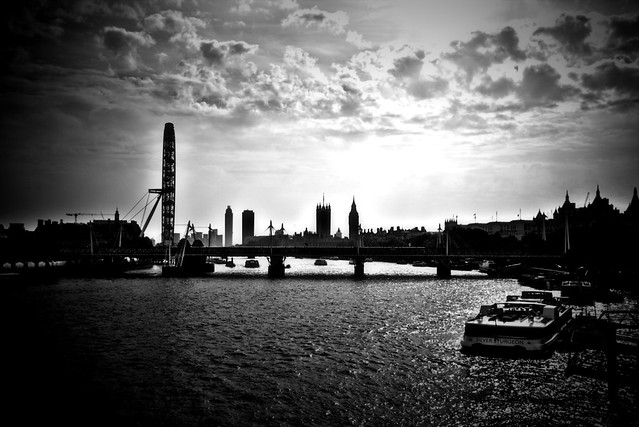 Silhouette Skyline London from Flickr via Wylio
