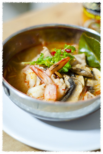 Prawn & Chicken Thai Tom Yum Guung