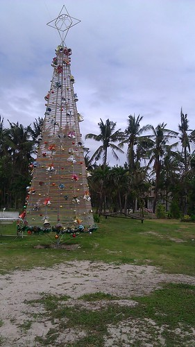 Island Christmas tree