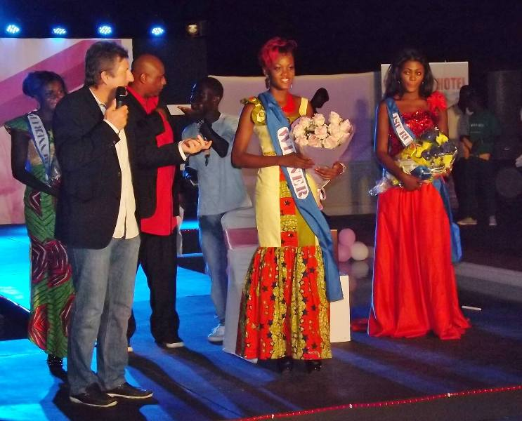 Crowning of Miss Charlotte Derban as 'Face of Vienna' 2013 (2)