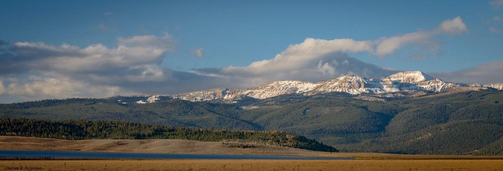 10. Centennial Mountain Range. Autor, Petechar