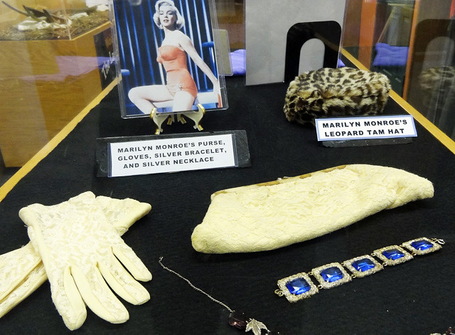 marilyn-monroe-purse