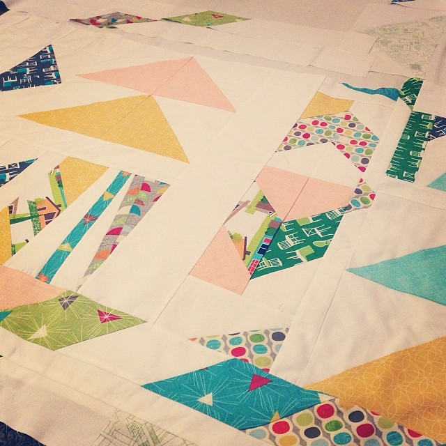 The Oh-So-Epic Mid Century Mod Quilt | Project: Leasa : mod quilt - Adamdwight.com