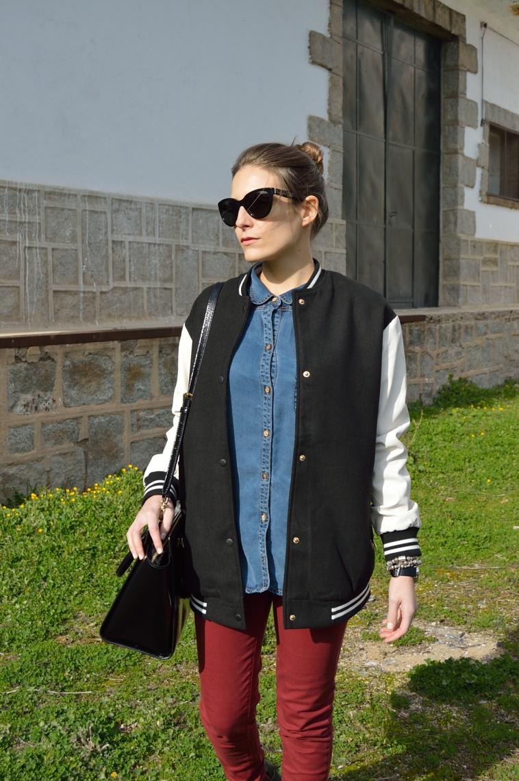 lara-vazquez-madlula-blog-trends-style-fashion-bomber-denim-burgundy