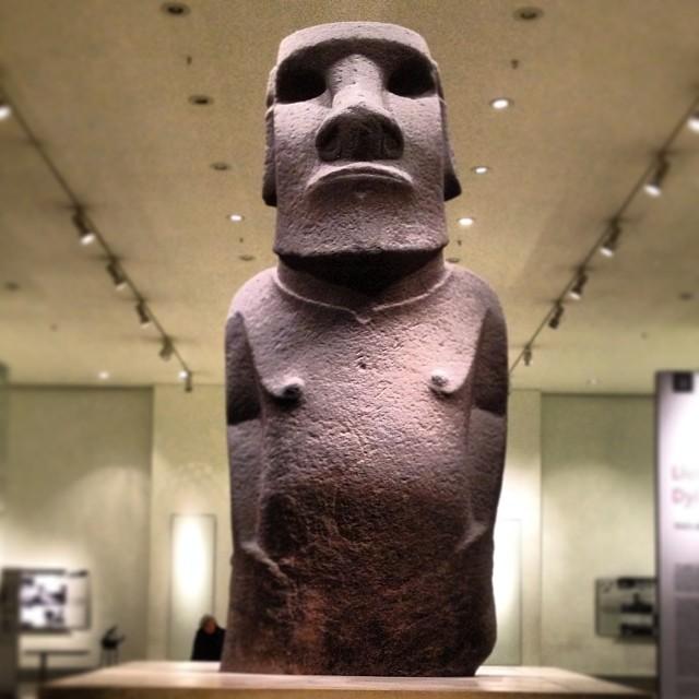 Hoa Hakananai'a, an moai statue from Easter Island!!! So cool! #easterisland #moai