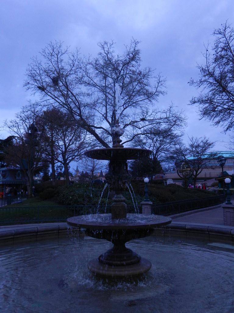 Un séjour pour la Noël à Disneyland et au Royaume d'Arendelle.... - Page 2 13643854145_a60f538801_b