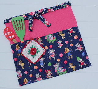 Pockets and Pies apron