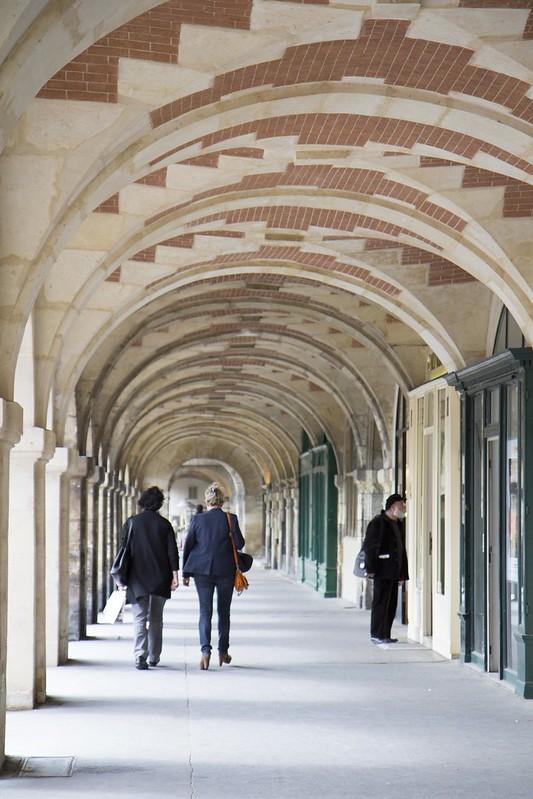place_des_Vosges_1
