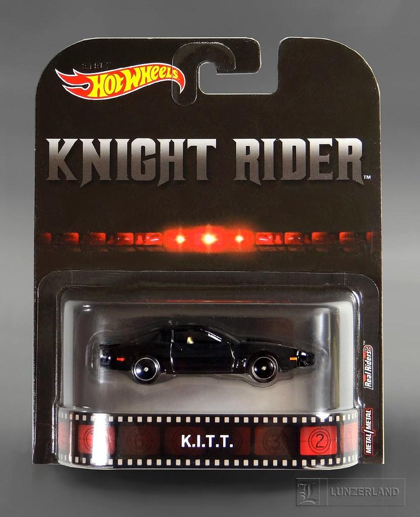 Knight Rider ~ K I T T  1:64 scale die cast Mint On Card b