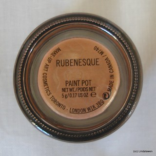 Paint pot MAC: Rubenesque