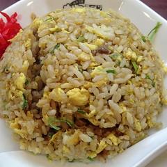steamed rice, thai fried rice, food grain, yeung chow fried rice, rice, nasi goreng, arroz con pollo, mujaddara, food, pilaf, dish, fried rice, cuisine,