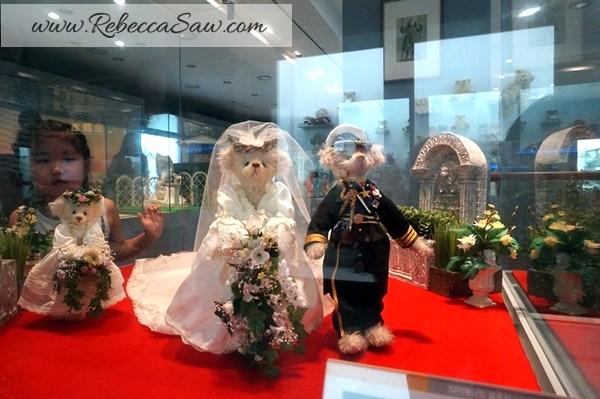 Teddy Bear Museum Jeju Island - Rebeccasawblog-007