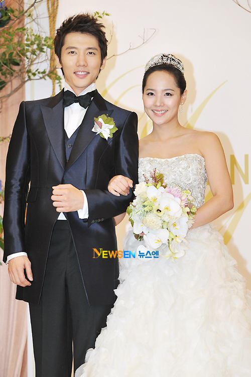 KOREAN ACTORS MARRIED (3)