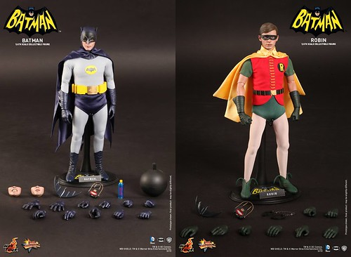 Hot-Toys-Batman & Robin_1966-Collectible-Figure