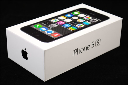 The MacCast » Blog Archive » iPhone 5s Unboxing Video and ...