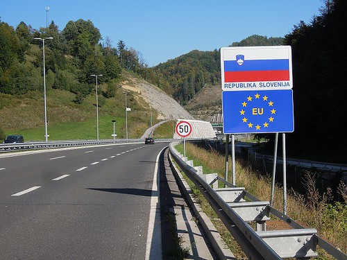 スロベニア入国