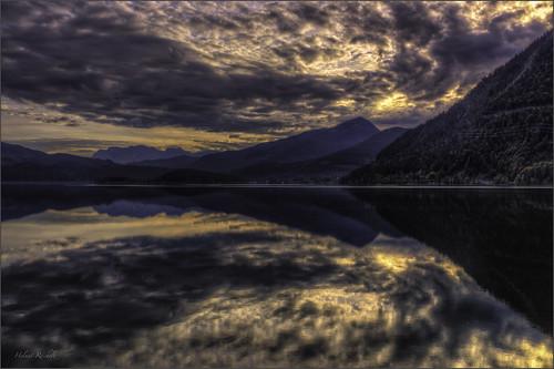 Spiegelglatter Walchensee