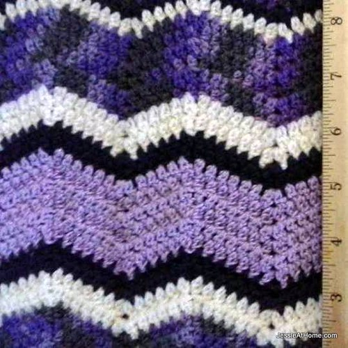 Faded-Ripple-Free-Crochet-Pattern-Sock-Weight-Close-Up