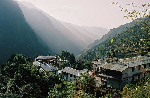 nepal houses mountain 2004 analog forest trekking trek landscape village prayer flags valley round himalaya annapurna modi annapurnas canoneos300 danda chhomrong khola chinu jhinu