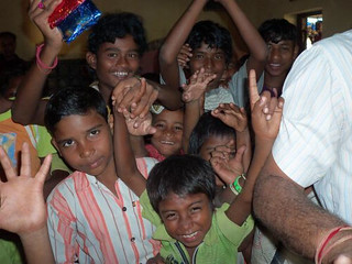 Reaching out to children by involving them in various activities ( Source: National Foundation of India)