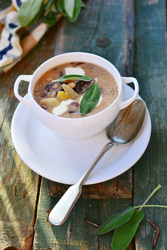 beans soup with sage.3