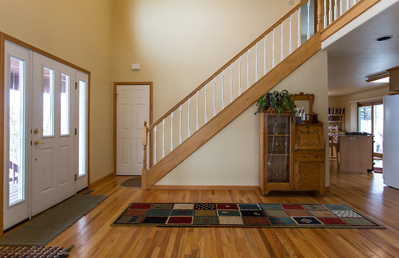 kelhi court, home for sale in Steamboat Springs, entryway, hardwood floors