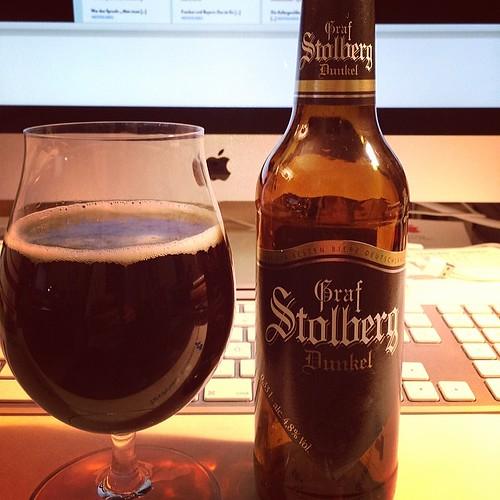 Feiner Feierabendtrunk: Graf Stolberg Dunkel. Laut Flasche gebraut nach uraltem Originalrezept. Toller Tropfen!