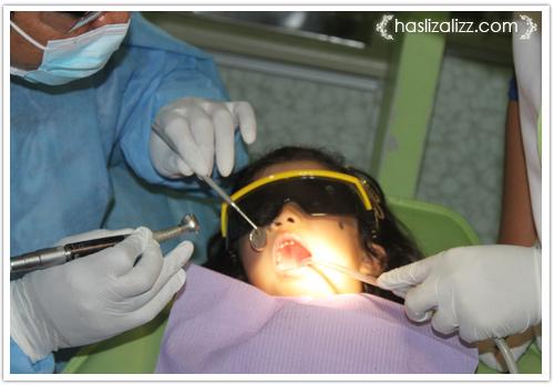 13198846213 479d234cb7 o kisah abang dan adik Jumpa doktor gigi