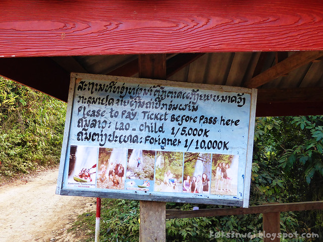 Kaeng Nyui Bike Trip Sign