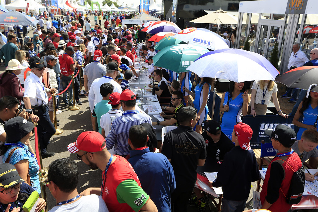 Autographe Session during the 2017 FIA WTCC World Touring Car Race of Morocco at Marrakech, from April 7 to 9 - Photo Paulo Maria / DPPI