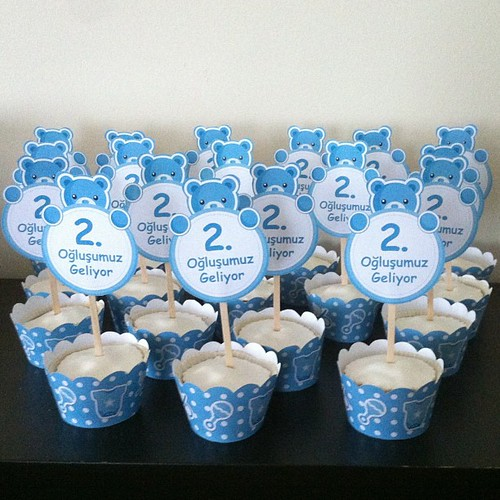 #babyshowercupcakes by Rachelsparty and L'Atelier de Ronitte @rachelsparty by l'atelier de ronitte