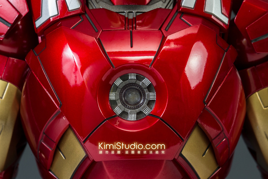 2013.06.11 Hot Toys Iron Man Mark VII-024