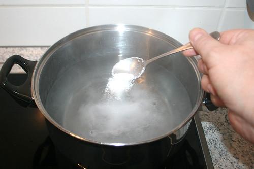 17 - Wasser salzen / Salt water