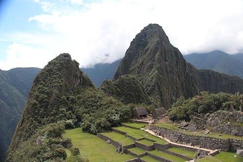 Machu Picchu 2013 - profile of Huayna Picchu. Gonesomewhere.com