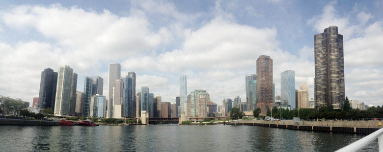 chicago river panoramic