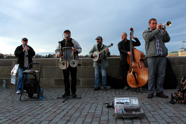 buskers-1