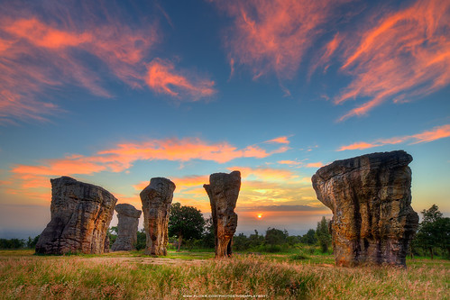 Sunrise : Mo Hin Khao is Stonehenge Of Thailand (HDR)