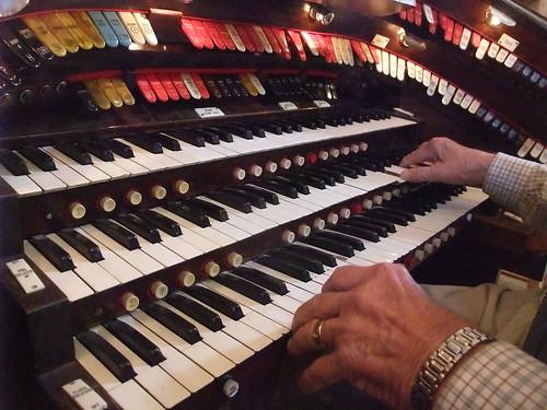 Giro d' Vino 2013 pipe organ