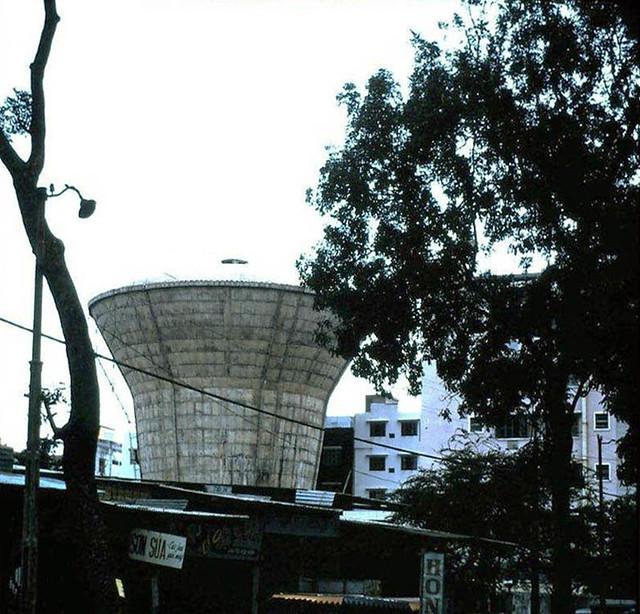 Saigon Water Tower - Tháp nước ở ngã tư Lê Đại Hành - Trần Quốc Toản